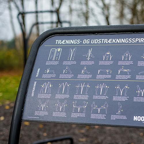 Udendørs træningsredskaber vejledningsskilt Viborg